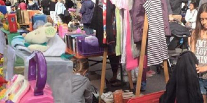 Braderie - Secours Populaire