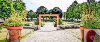 Chto-compagnie (Nathalie Gautier, Jean Monamy) : lecture poétique au jardin Lorient